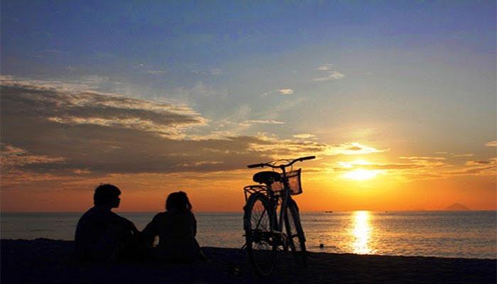 Ngắm nhìn hoàng hôn tĩnh lặng trên đảo Pulau Ubin