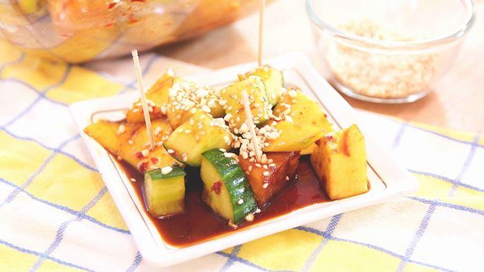 Rojak ảnh hưởng từ ẩm thực của Malaysia