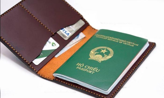 Hộ chiếu giấy tờ cần thiết để bắt đầu hành trình bay