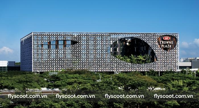 Crown Plaza Changi Airport, khách sạn 5 sao nằm trong sân bay