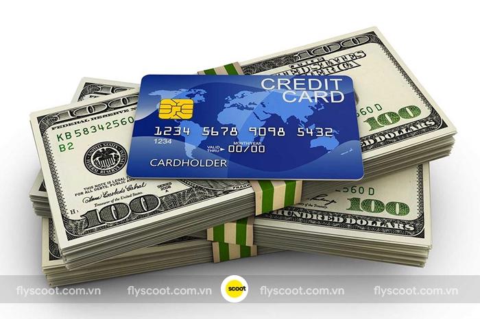 Nên đem theo tiền mặt và thẻ tín dụng khi đi du lịch Singapore